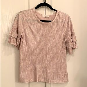 Metallic short-sleeved ruffle top